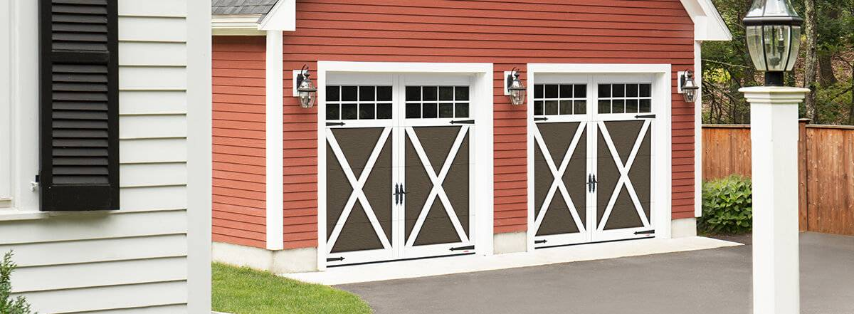 Eastman E-21, 9' x 8', Moka Brown doors and Ice White overlays, 8 lite Panoramic windows